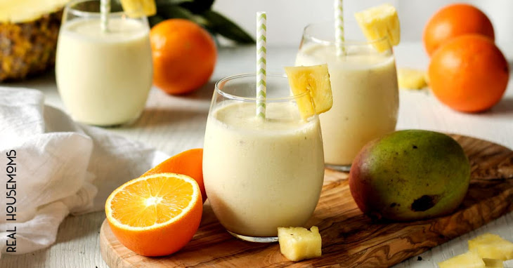Skinny Tropical Pineapple Smoothie Recipe