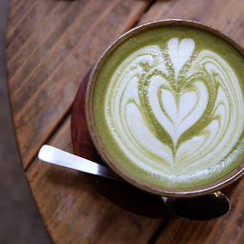 Heart Latte by Valvie Val - Food & Drink Alcohol & Drinks ( warm, heart, photograph, food, fujifilm, drink, matcha, photographer, cafe, latte, photoshoot, photography )