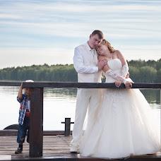 Wedding photographer Veronika Viktorova (DViktory). Photo of 10.05.2014