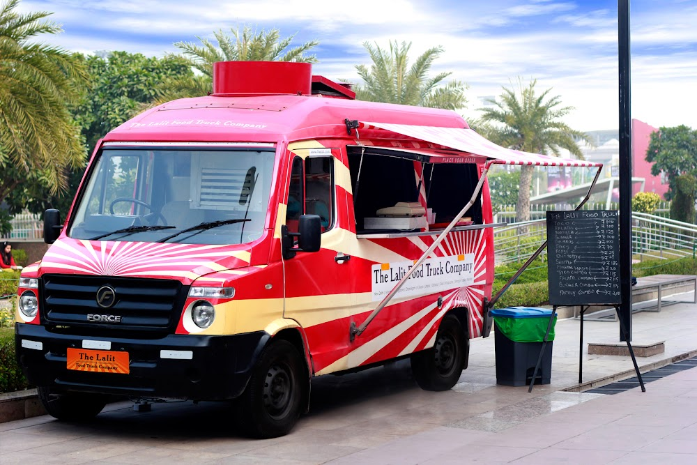 start-food-truck-business-india-Lalit_Food_Truck