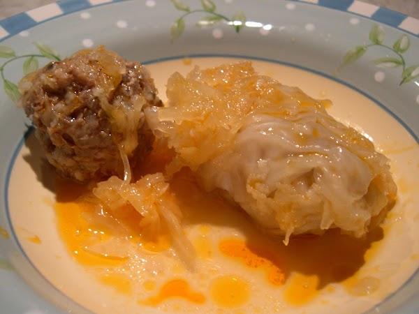 Stuffed Cabbage Rolls & Kraut Hungarian Galumpkis Recipe