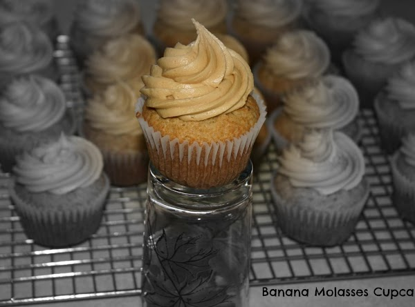 Banana Cupcakes With Molasses Frosting Recipe