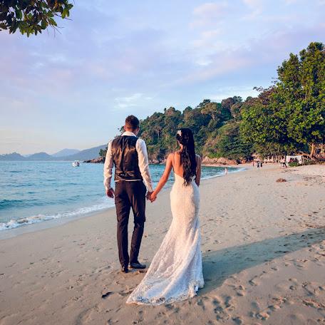 Wedding photographer Pavel Malofeev (PolMark). Photo of 19.12.2016