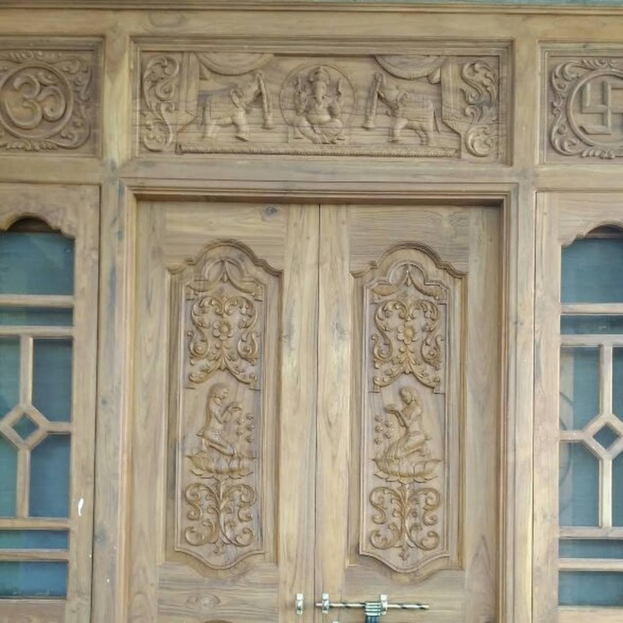 Wood carving designs wood working class in vilg :gajwel . dist