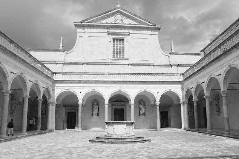 Architettura monastica di Stecchia