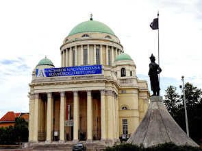 Photo: A templom terveit Lechner Ödön unokaöccse,  Kismarty-Lechner Jenő készítette, klasszicizáló empire, ún. palatinusz stílusban.