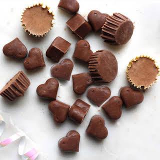 3-ingredient Chocolate Protein Workout Bites.