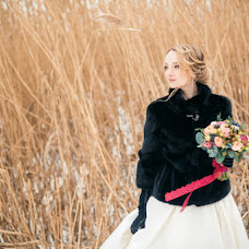 Wedding photographer Evgeniy Semenov (SemenovSV). Photo of 01.02.2017