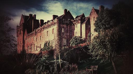 fantasmas-castillo-embrujado-brodick-escocia