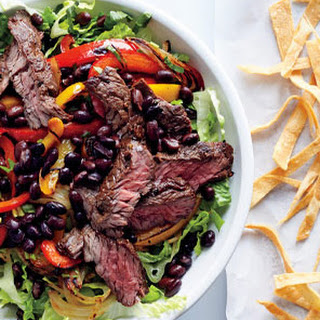 Steak Fajita Salad With Tortilla Croutons