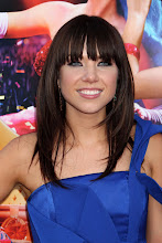 Photo: COMMENT with your birthday wishes for Carly Rae Jepsen!
