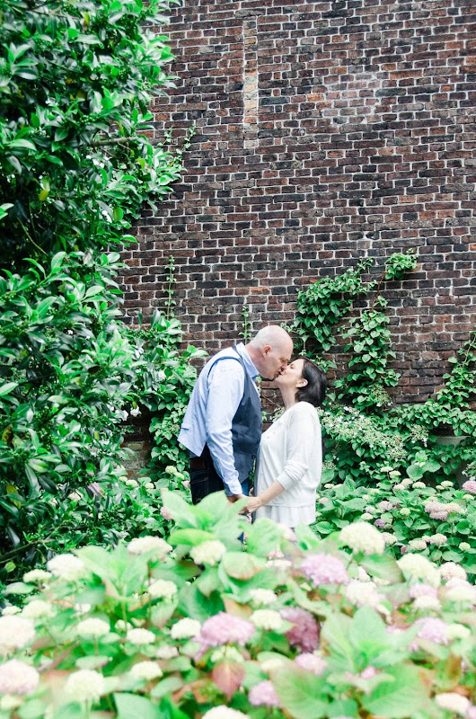 Romantic styled engagement shoot Katia & Eddy - fotocredits: Anaïs Stoelen Photography