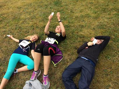 Les filles fatiguées après l'épreuve... ou pas !