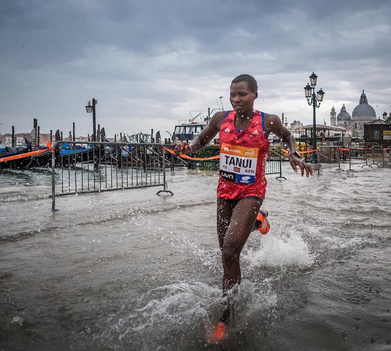acqua alta a Venezia di Giovi18