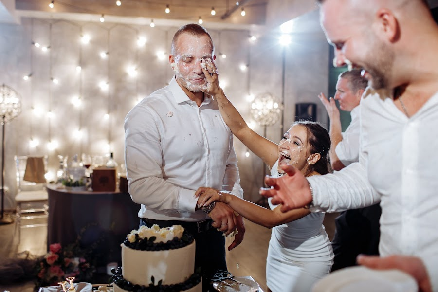 Wedding photographer Polina Pavlova (Polina-pavlova). Photo of 01.12.2019