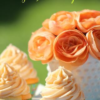 Orange Julius Cupcakes.