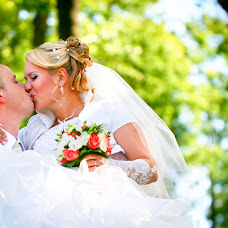 Wedding photographer Aleksandr Kosarev (Almotional). Photo of 26.04.2013