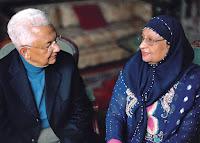 Naiyer Habib and Mahlaqa Naushaba Habib photo