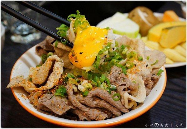 小北澤壽喜燒專門店║安格斯牛肉無限讓你大口吃到飽/新推出五種鍋底任你選……(文末抽餐劵)