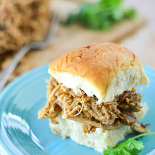 Slow Cooker Asian Pulled Pork Sliders
