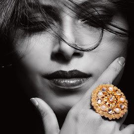 The Ring Affair  by Avishek Dey - Digital Art People ( #goldenjwelry, #ring, #indianring, #jewelry, #goldenring, #fashionjewelry )