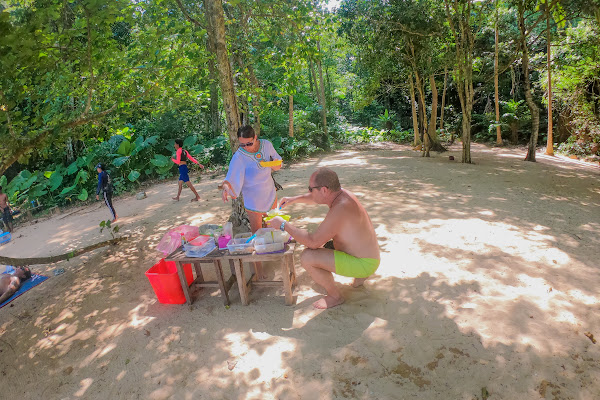 Enjoy a Thai style picnic lunch on Koh Kudu