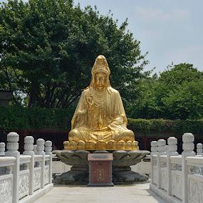 Baomo Scenery, Guangdong by Budiono Tio - City,  Street & Park  Historic Districts ( guangdong, baomo, panyu, scenery, landscape, religious, historic, china )