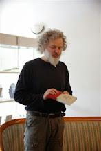Photo: Predstavitev knjige Revolucija ene slamice, ki jo je predstavil Janez Božič. Knjigarna Kulturnica Velenje. (Foto Ana Seher)