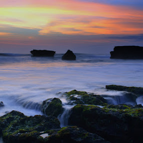 in sunday afternoon by Agus Mahaputra - Nature Up Close Rock & Stone