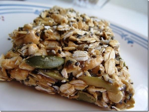 5 Minute No Bake Peanut Butter Granola Bars Recipe