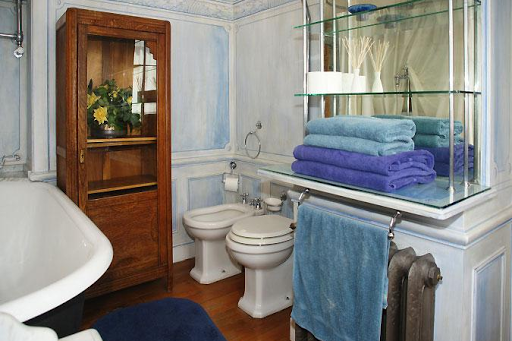 vacation rentals st germain washroom