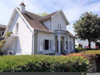 villa à Gueugnon (71)