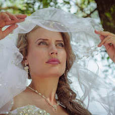 Wedding photographer Igor Gutlyanskiy (LuckyIg). Photo of 06.08.2014