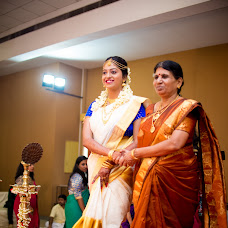 Wedding photographer Sarath Santhan (evokeframes). Photo of 27.10.2017