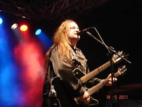 Photo: Cantor e instrumentista RUSSO, interpretando clássicos do Rock  internacional.