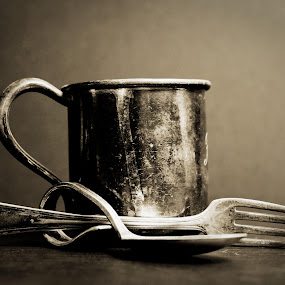 ... by Daniel Gaudin - Artistic Objects Antiques ( cup, old, black and white, cutlery, antique,  )