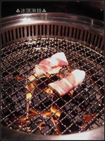 【口碑卷49】禾丰烤炭火燒肉 - 火烤兩吃吃到飽 連飯都不馬虎