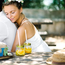 Wedding photographer Aleks Lapatik (Bukovski). Photo of 31.08.2015