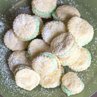 3 Ingredient Pastel Cream Wafers