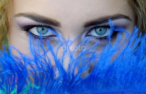 hypnotic eyes portraits of women people pixoto