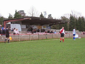 Photo: 01/01/07 v Brook House (Southern League Division 1 S&W) 0-2 - contributed by Leon Gladwell