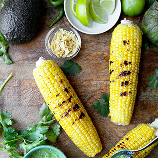 Grilled Corn on the Cob with Tomatillo Dressing