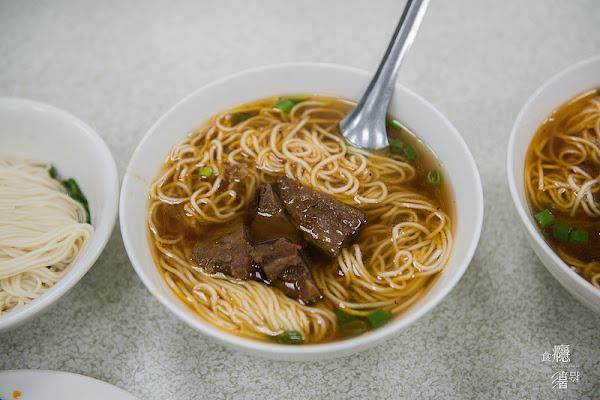 台中美食 湖南味-老字號美食,好吃的牛雜滷味與眷村牛肉麵|台中市西區、華美街