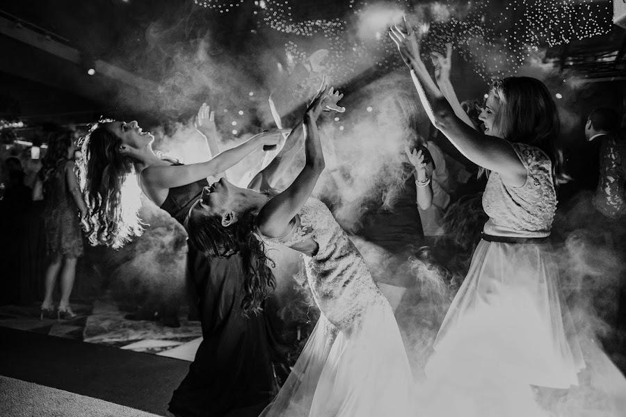 Wedding photographer Renata Xavier (renataxavier). Photo of 01.11.2017