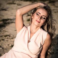 Wedding photographer Svetlana Lysceva (lightness). Photo of 14.12.2015