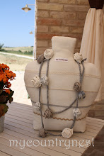Photo: collana di fettuccia e rose di lino