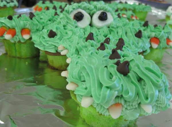 Alligator Cupcake Cake Recipe