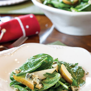 Spinach, Pear, and Blue Cheese Salad with Riesling Vinaigrette