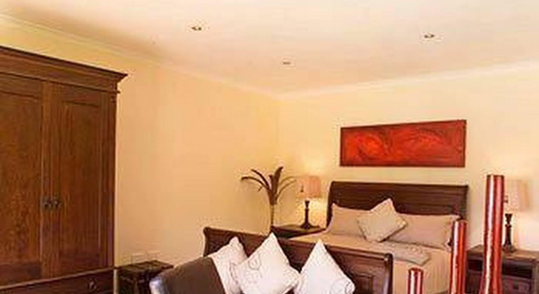 3 Palms Luxury Cottage
