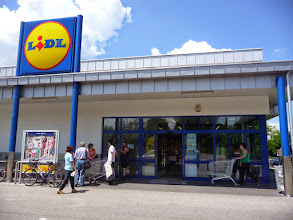 Photo: Lidl supermarket in Agard.